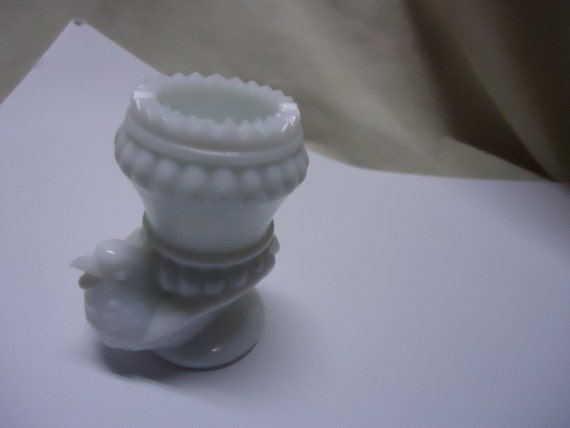 Vintage bird toothpick holder milk glass collectable - Bird toothpick holder ...