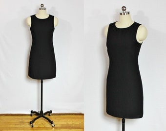 Vintage black 90s mini dress with keyhole back