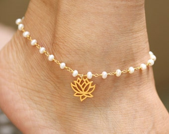 Gold pearl lotus anklet,Mother anklet,mother jewelry,Pearl anklet,Lotus anklet,beach wedding,Mother's day gifts