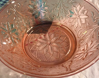 Vintage Serving Bowl Pink Chantilly Taira Glass Made in The USA #3104