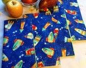 Children's Cloth Napkins - Spaceships on Blue - Set of 4, Lunch Box Napkins, Reusable Napkins, Space Napkins, Reversible Napkins