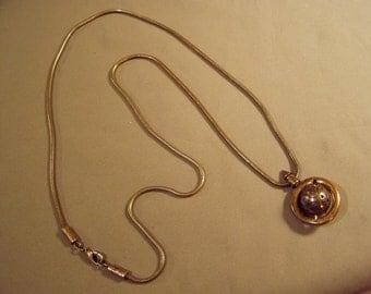 Vintage Patricia Locke Swarovski Colored Crystal Rhinestone Pendant Necklace Spinning Planet 8051