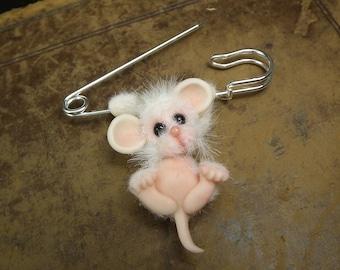 Furred Mouse on Silver Plated Kilt Pin 'Ayden' OOAK SCULPT by Sculpture Artist Ann Galvin JourneyMice