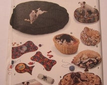 Pet Beds, Dog and Cat Place Mats, Cat Bed, Dog Bed UNCUT Simplicity Crafts Pattern 9065