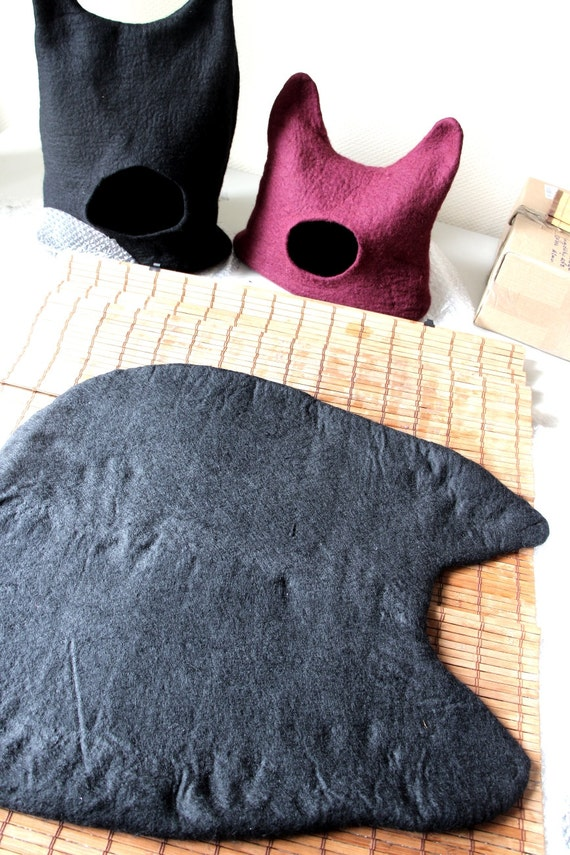 cat cocoon cat bed super cute cat cocoon cozy cocoon for your cat.