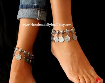 A single Antique Silver plated BELLY DANCER Turkish Floral and dangle replique coins Anklet Gypsy Vintage look Beach wedding foot jewelry