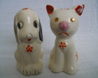 Cat and Dog Salt and Pepper Shakers - vintage, collectible, animal