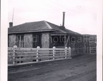 Vintage Photo, House on the Roadside, Black & White Photo, Travel Photo, Found Photo, Old Photo, Family Photo, Snapshot
