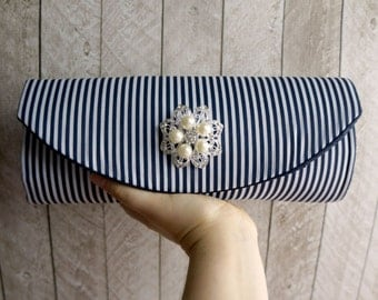 Striped purse. Wedding clutch, Nautical wedding, Navy blue clutch, Rhinestone and pearl brooch