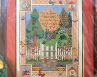 Nearer God's Heart - Bucilla - Kit 41069 - Counted Cross Stitch - 14 ct. Ivory Aida
