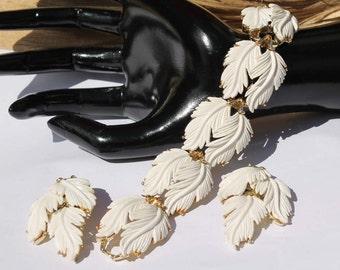 Vintage Lisner White Thermoset Leaf Bracelet and Earring Demi