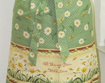 Sale - Beautiful Daisies Half Apron