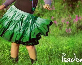 Girl's dip dyed green twirly skirt