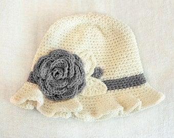 SALE 6 to 12m Crochet Sun Hat Baby Hat in Cream and Ash Grey - Crochet Rose Flower Hat Cloche Hat Baby Girl Baby Flapper Girl Prop