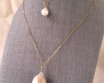 Small Pearl Necklace/ Layering  Necklace/ June Birthstone/ Rare Akoya Saltwater Pearl/  Bridesmaids jewelry/ Gold Jewelry