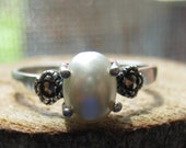 Vintage Sterling Silver Ladies Natural Pearl Ring with Marcasites Size 6 1/2 Women's Ring