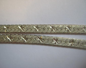 Vintage Sterling Necklace, .925 Silver Diamond Cut Flat Links with Six Point Star Design, Double-Sided, Made in Italy, 18 in. (appr. 45.7cm)