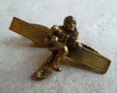 Vintage Gold tone Tie Clip, Football Player No. 31,Vintage Sports Fan, Going for Touchdown, Football Player, Old School Tie Tac