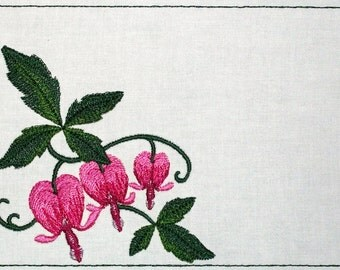 Bleeding Hearts embroidered quilt label to customize with your personal message