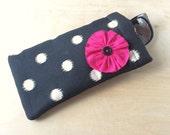 Pinch top fabric sunglass case, sunglass pouch, eyeglass case - Black Polka Dot
