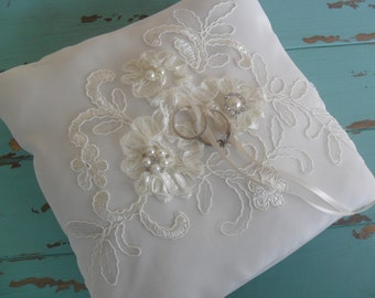 Ring Bearer Pillow, Lace Ring Pillow, Wedding Accessory, Bridal Ring Pillow, Elegant Handmade Ring Bearer Pillow, Bridal Accessory, Ivory