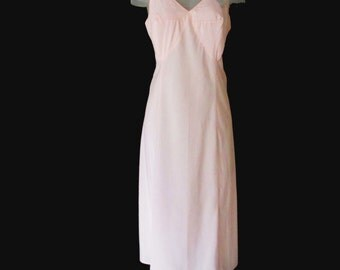 Vintage Pink Slip 1950s Barbizon - Crepe Remarque - NEW WITH TAGS - 16 Miss