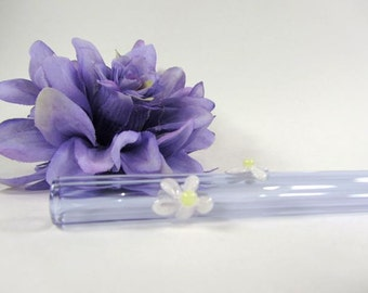 Daisy Blooms on a Purple Glass Smoothie Drinking Straw