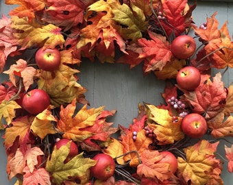 Fall Wreath, Leaf Wreath, Apple Wreath, Leaves and Berry Wreath, Autumn wreath, Fall door wreath, Thanksgiving wreath, Fall Decor