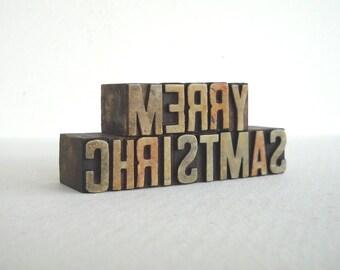 MERRY CHRISTMAS - 14 Vintage Letterpress Plastic Type Alphabets - Mini Series - VM007