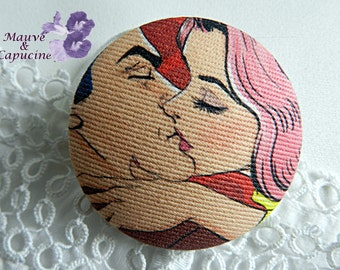 Fabric button,  vintage couple, 24 mm / 0.94 in