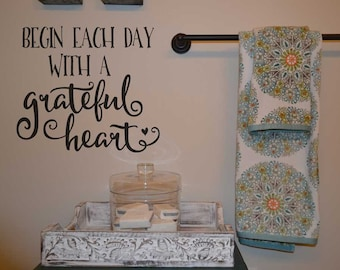 Begin each day with a grateful heart quote wall decal BC738 custom vinyl lettering wall words stickers home decor vinyl decor