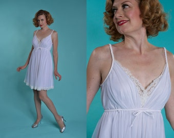 Vintage 1960s White Babydoll Nightgown - Shadowline Lingerie - Bridal Fashions Size M