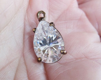 Crystal Teardrop Pendant Set in Bronze Color