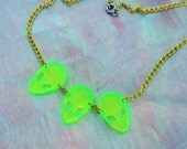 90's Slime Green ALIEN ARRAY Choker Necklace with Bright Chain