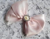 Light Pink Blush Satin Hair Bow with Rhinestone Pearl Center, Pink Blush Flower Girl Hair Bow, Pageant Hair Bow, Baby Photo Prop