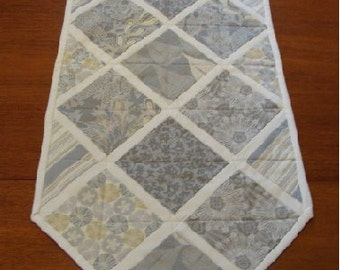 Modern Quilted Table Runner, Splash