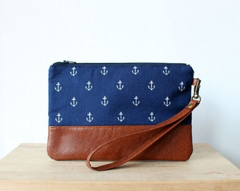Nautical Navy wristlet Clutch Purse Wallet Vegan Faux leather Retro Vintage Blue Anchor