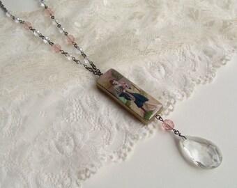 Roaring twenties flapper necklace.