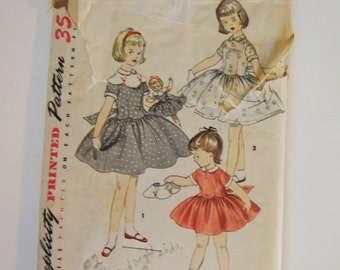 Vintage 1955 Baby Toddler Dress and Doll Pattern - Simplicity 1367 - Size 2 - Toddler