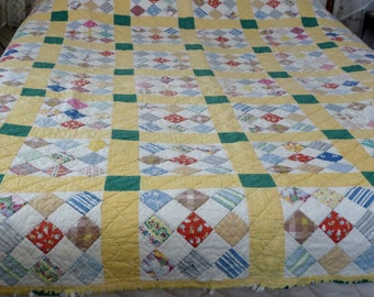 Cheerful Quilt Hand Pieced and Hand Quited 1930-1940 Green Yellow