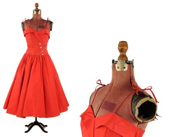 Vintage 1950's Vibrant Red Taffeta Sweetheart Bust Sheer Party Prom Evening Full Circle Skirt Dress S
