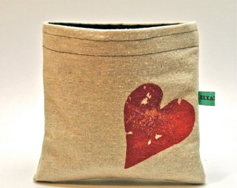 Reusable Snack Bag - Reusable Sandwich Bag - Hand Printed Rustic Heart