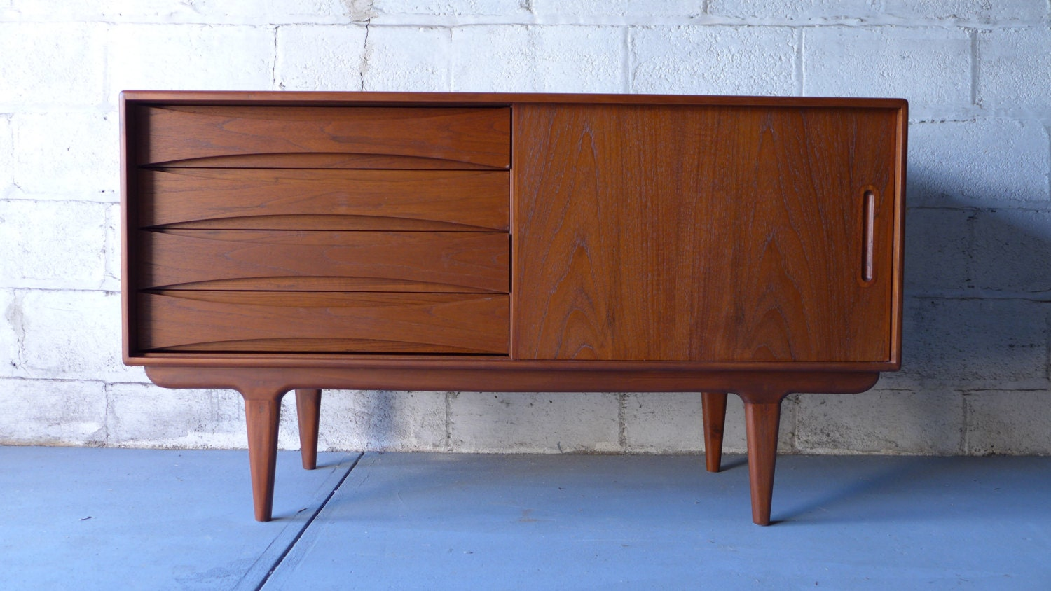 Mid Century Modern Teak CREDENZA media stand by CIRCA60 on Etsy