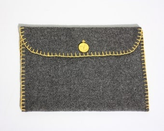 woolen sleeve for your laptop