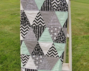 FREE SHIPPING**Mint and Black & White Print Triangle Quilt for Baby Boy or Girl