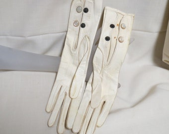 Sale Antique Leather Opera Gloves Mother Of Pearl Snaps Made In Czechslovakia