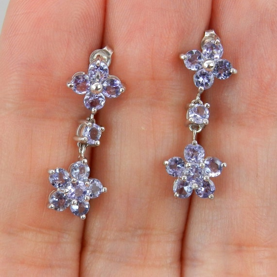 SALE 1.50 ct Tanzanite Earrings set in White Gold Flower Cluster Dangles Purple Lavender