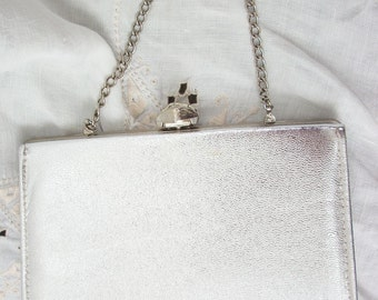 Vintage Clutch Silver Metallic Purse / Silver tone Metal Chain Handle /Handle Out or Fold In ~ Rhinestone top~ Evening / Cocktails Purse