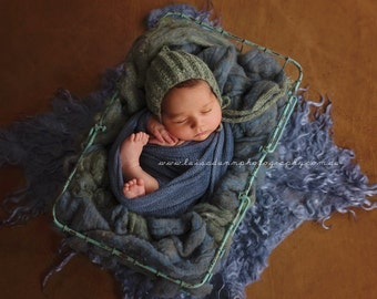 Newborn Hat, Classic Bonnet, Choose Your Color, Photo Prop