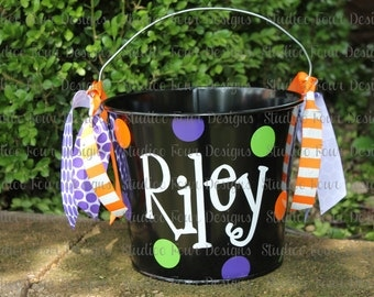 Personalized 5 Quart  Halloween Bucket - Many colors and designs available